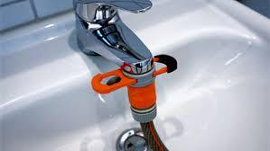 raccord tuyau robinet cuisine comment raccorder un tuyau d arrosage a un robinet
