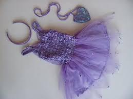 ملابس على الموضة.......... images?q=tbn:ANd9GcQ