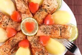 cuisiner du saumon au four darne de saumon au four recette de darne de saumon au four