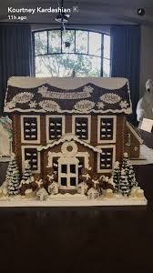 rachel parcell house kourtney kardashian shows off personalized family gingerbread