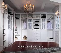chambre de garde ouvert marche en robe chambre penderie chambre garde robe