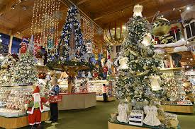 Bronner S Commercial Christmas Decorations by Bronner U0027s December 2014 Enews Bronner U0027s Christmas Wonderland