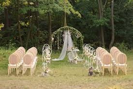 wedding vendors wedding vendors a guide to reading and signing contracts