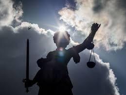 Apotheke Bad Driburg Betrug Mit Krebs Medikamenten Anklage Gegen Apotheker Erhoben