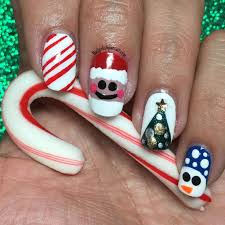 kelliegonzo guest post by nail polish pursuit christmas nail art