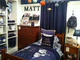 boys star wars bedroom theme with star wars bedding and