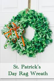 decorate your home with a st patrick u0027s day rag wreath third stop