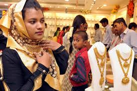 akshaya tritiya gold price dips jewellery sales up 10 20 the