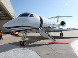 Tiny Planes I Flew On A 61 5 Million Gulfstream G550 Private Jet Business