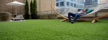 Making A Backyard Putting Green Home Putting Green By Using Artificial Grass
