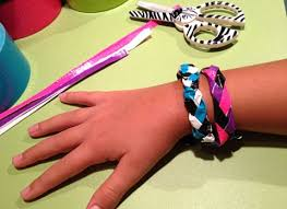 bracelet craft hand images Duct tape bracelet craft ziggity zoom jpg