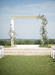 photo backdrops for 6 modern ceremony backdrops for outdoor weddings brides