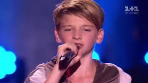 Chandelier Singer Menino Cantando Boy Singing Chandelier Sia Kyrylo Cherpita Voice