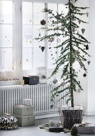 minimalist kids christmas tree decor