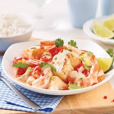 cuisine crevette mijoté de crevettes et poisson au lait de coco recettes cuisine