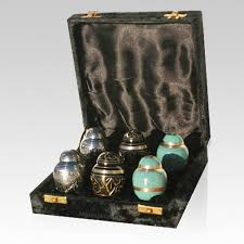 small urns for human ashes keepsake urns small amount of cremation ashes for a memorial