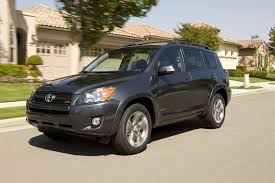toyota makes 2009 toyota rav4 with 269 hp v 6 is an all weather ripper new on