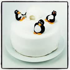 gateau anniversaire animaux gâteau pingouins en 3d tout en pâte à sucre pâte à sucre