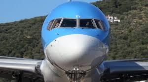 thomson boeing 757 200 2 spectacular takeoffs from skiathos