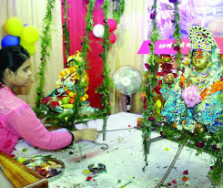 Janmashtami Home Decoration Devotees Celebrate Janmashtami With Much Gaiety City Drapes In A