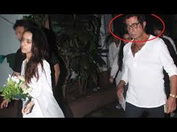 Shakti Kapoor Family S Biggest Controversies Photos - shakti shocking behaviour with daughter shraddha kapoor youtube