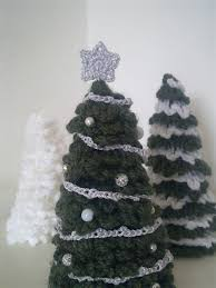 merry christmas tree from a la sascha and lots more free crochet