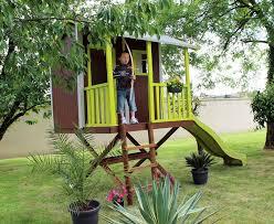 ringhiera in legno per giardino casetta robin in legno per bambini con terrazzino e scivolo