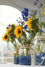 sunflower wedding decorations 18 sunflower wedding decor ideas sunflower weddings sunflowers