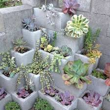 9 amazing diy cinder block gardens home and garden cool ideas 4u