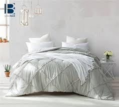 Ruffled Comforter 25 Legjobb ötlet A Következőről Ruffled Comforter A Pinteresten