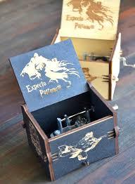 Engraved Music Box Die Besten 25 Harry Potter Music Box Ideen Auf Pinterest