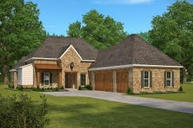 main floor master bedroom house plans 4 bedrm 2920 sq ft french house plan 197 1019