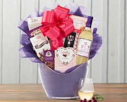 winecountrygiftbaskets gift baskets windwhistle sweet moscato assortment gift basket at wine country