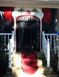 door decorations 19 hauntingly awesome door decorating ideas spaceships