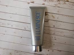Luminesce Skin Care Review Product Review Luminesce Ultimate Lifting Masque The Beauty