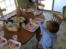 Setting The Table by Tinkerbell Birthday Party Musings Of A Marfan Mom