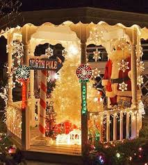 Tasteful Outdoor Christmas Decorations - 280 best christmas lights u0026 outside decor images on pinterest