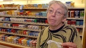 bureau de tabac niort la babiole de la buraliste vire à l affaire de gros sous