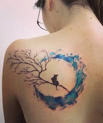 30 examples of amazing and meaningful moon tattoos for creative