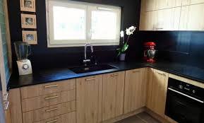 cuisine moderne bois clair cuisine noir et bois ikea deco cuisine noir et blanc cool idee