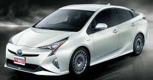 toyota japan 2016 toyota prius gets two trd aerokits in japan
