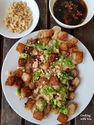 chien cuisine fried rice cakes with egg and onions bot chien cooking