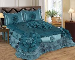 Amazon King Comforter Sets Amazon Com 3 Piece Real 3d Comforter Set Bedspread Flower Ruffle