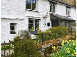 Holiday Cottages In The Lakes District by Family Friendly Holiday Cottages In The Lake District England Book