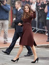 kate middleton dresses why do kate u0027s legs look so good