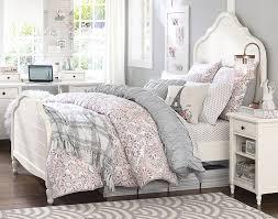 Desk Blanket Bedroom Transparent Drapes Classic Single Bed Brown Blanket