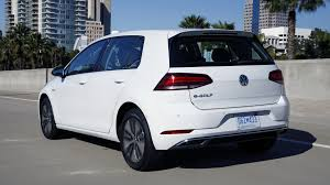 2018 vw e golf pricing revealed and it comes in close to the