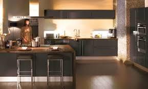 peindre une cuisine en gris cuisine bleu gris cool formidable couleur peinture salon salle a