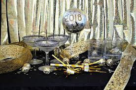 new year s decor dollar store new year s decorations mad in crafts