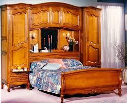 chambre en merisier chambre à coucher merisier lit pont style louis xv